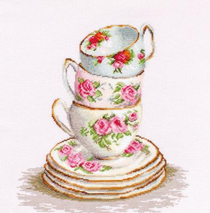 Три чайні чашки