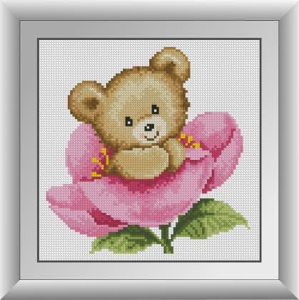 Ведмедик в розовій  квітці
