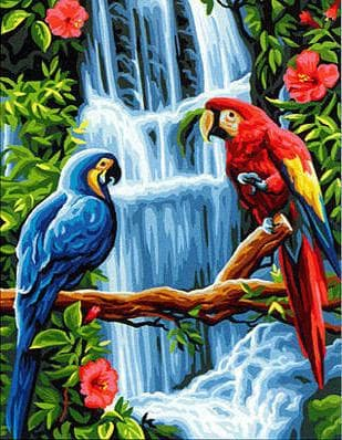 Папуги біля водоспаду
