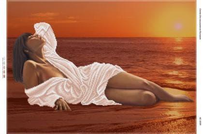 Дівчина на березі моря БС-2039 Сяйво БСР